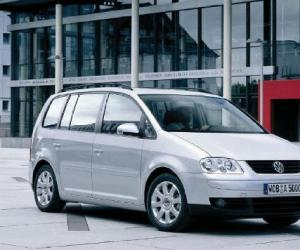 VW Touran EcoFuel photo 14