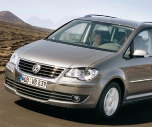 VW Touran TSI EcoFuel photo 10