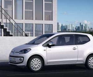 VW white up! image #7