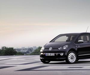 VW white up! image #11