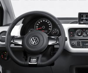 VW white up! image #13